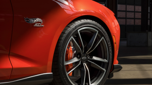 Camaro Hot Wheels Edition Offers Full Scale Fun Before SEMA 2017 Early Release With Video